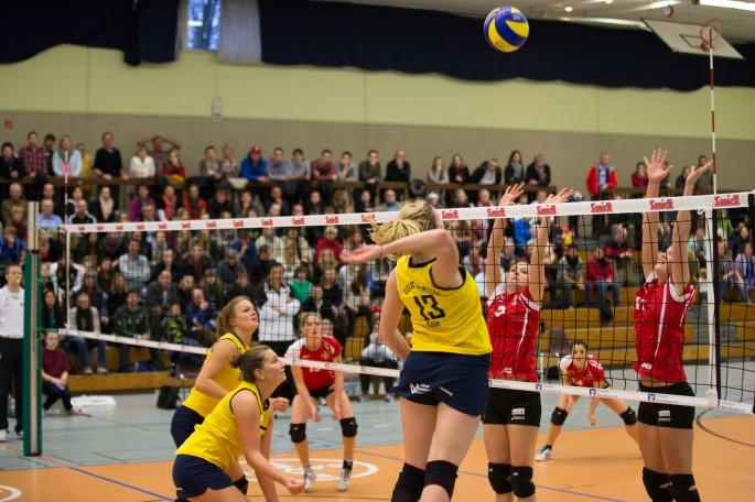 Kerstin Freudenhammer auf ungewohnter Position (Foto Martin Miseré)