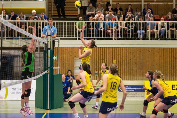 Perfekter Saisonauftakt für DSHS SnowTrex Köln-Volleyballerinnen (Foto: Martin Miseré)