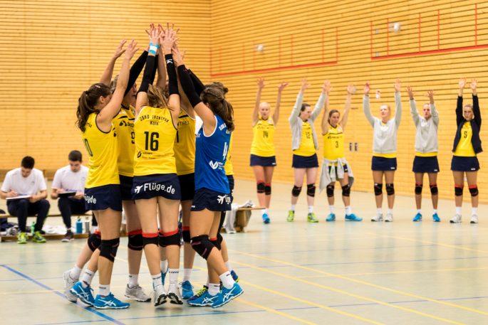 VT Hamburg bei DSHS SnowTrex Köln-Volleyballerinnen zu Gast (Foto: Martin Miseré)