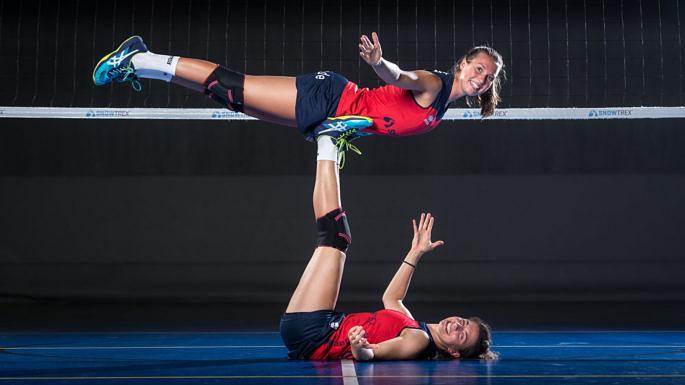 Bilden in dieser Saison das Libera-Gespann im Team DSHS SnowTrex Köln: Isabelle Liebchen (oben) und Julia Van den Berghen (Foto: Martin Miseré)